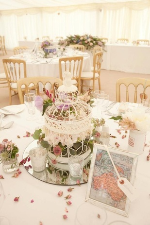 Nerissa eve weddings birdcages to hire nerissa eve weddings for Cage a oiseau deco