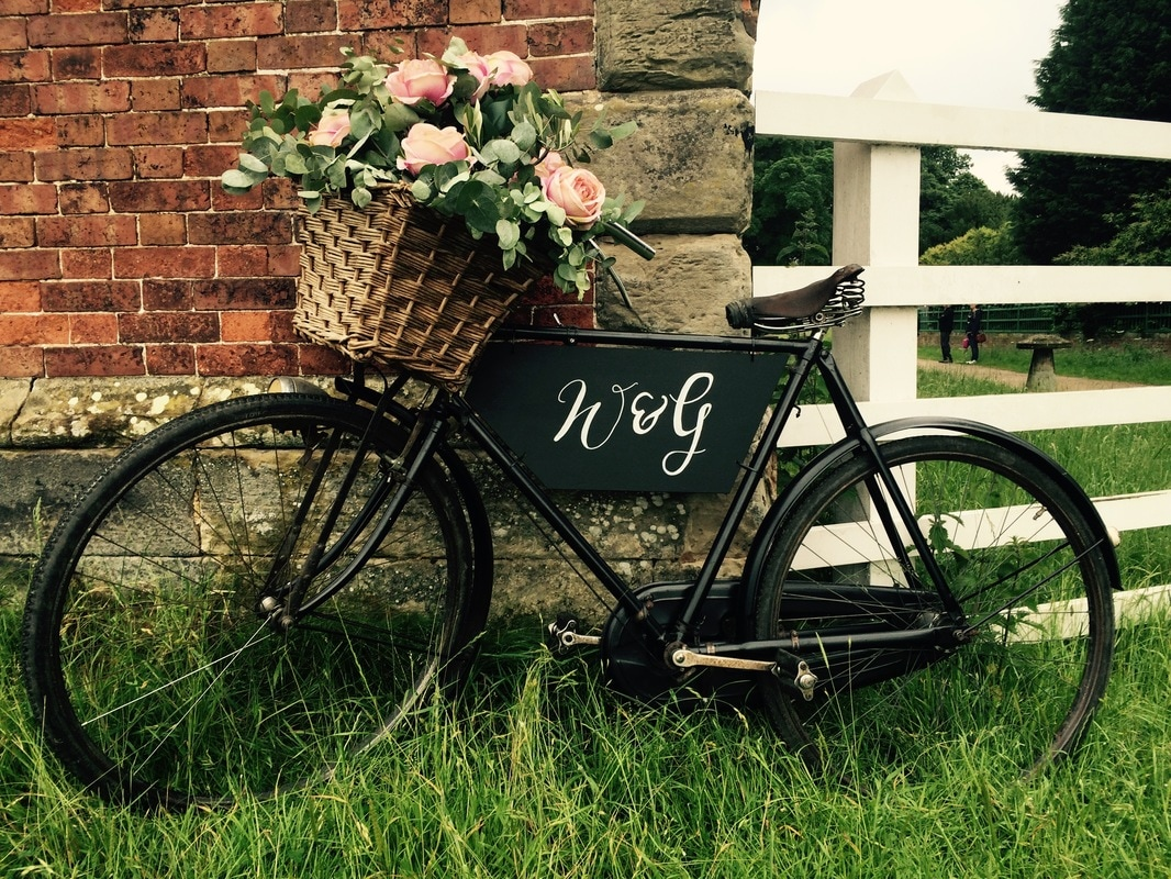 Vintage bike hire wedding