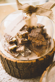 Nerissa Eve Weddings Cake Domes & Logs