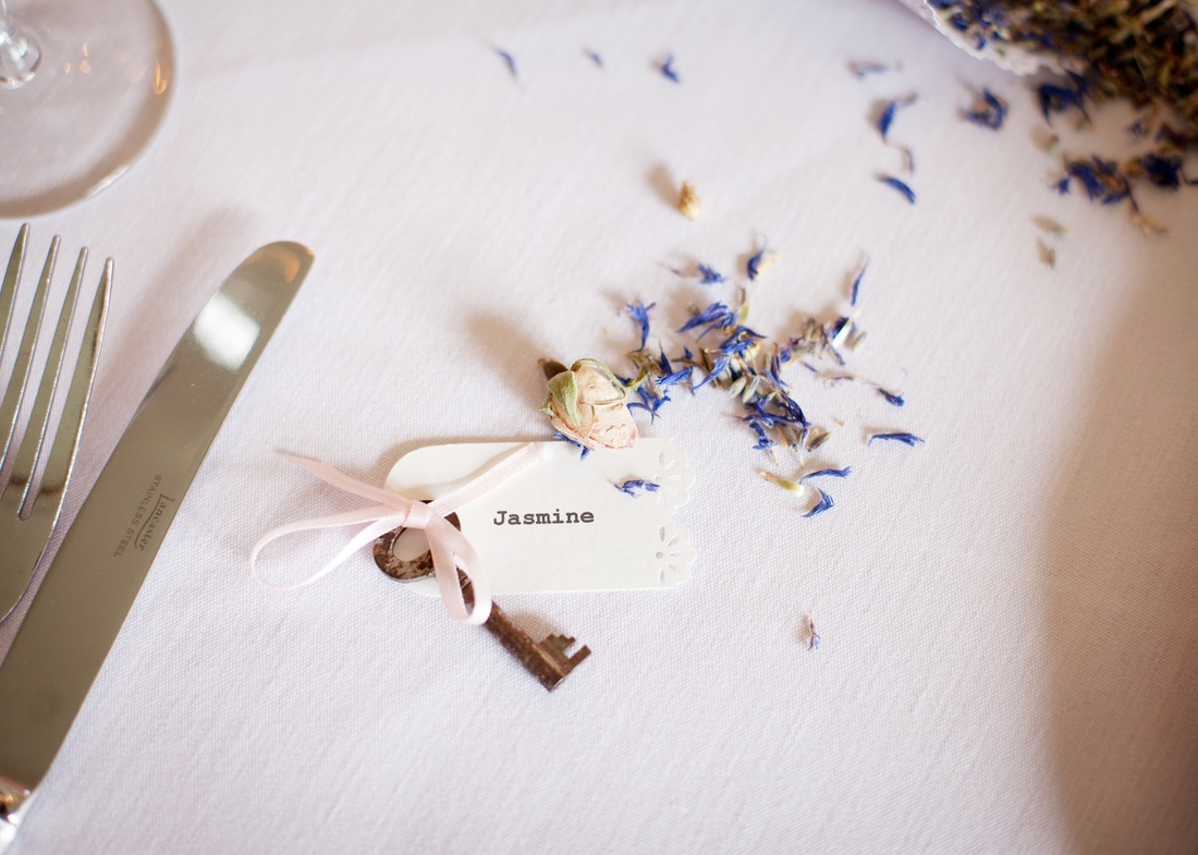Nerissa Eve Weddings Vintage key hire and name tags